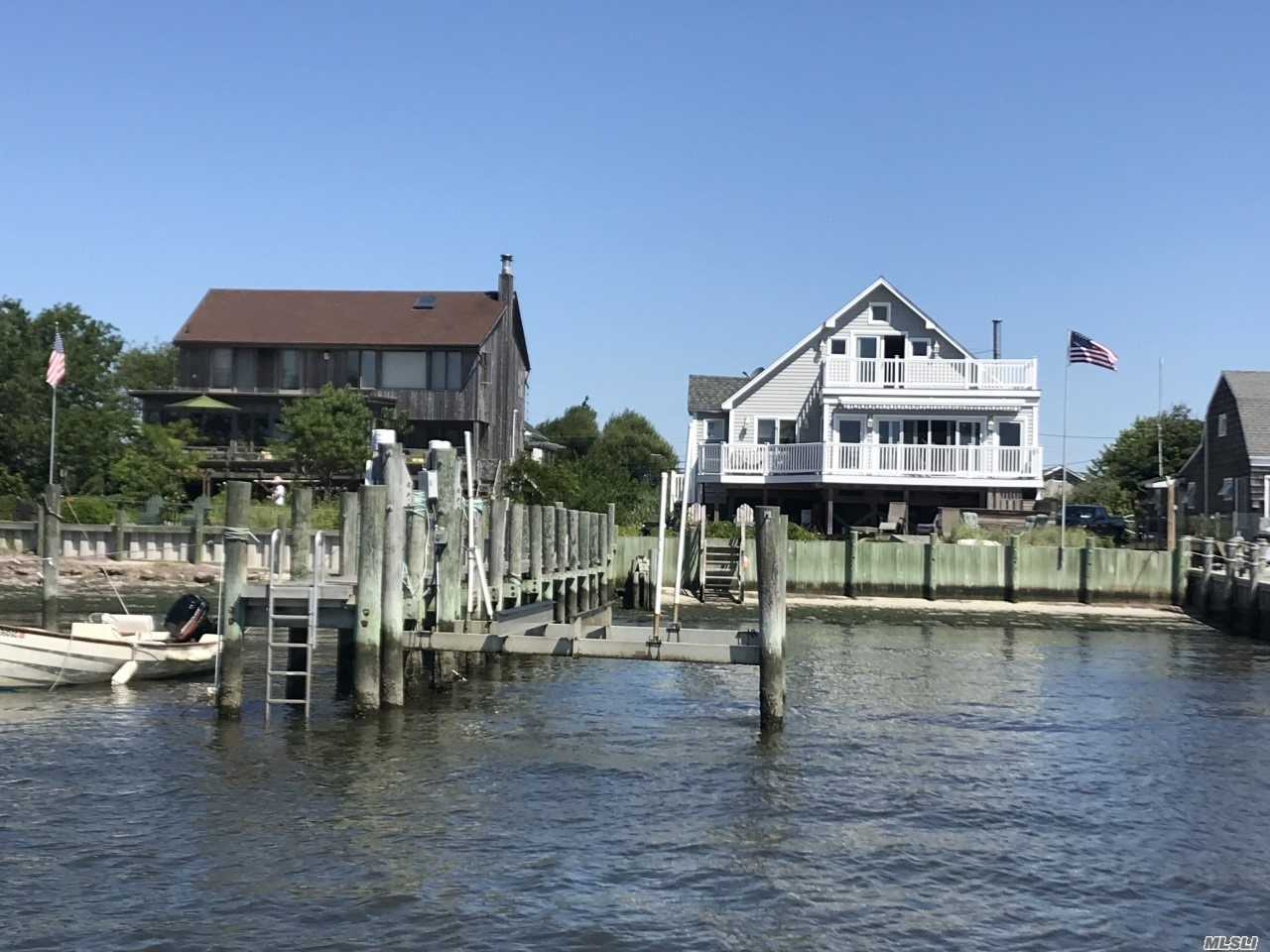 Residential For Sale in 40 Fire Rd, Oak Beach, NY ,11702