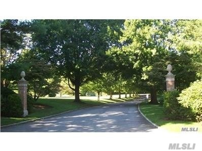 Residential For Sale in 35 Matinecock Farms Rd, Glen Cove, NY ,11542