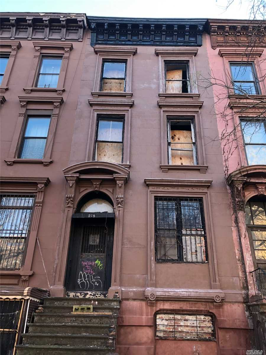 Residential For Sale in 278 Gates Ave, Brooklyn, NY ,11216