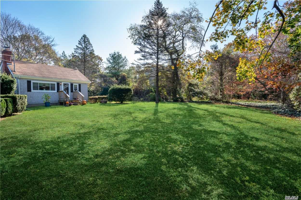 Residential For Sale in 37 Mount Sinai Ave, Mt. Sinai, NY ,11766