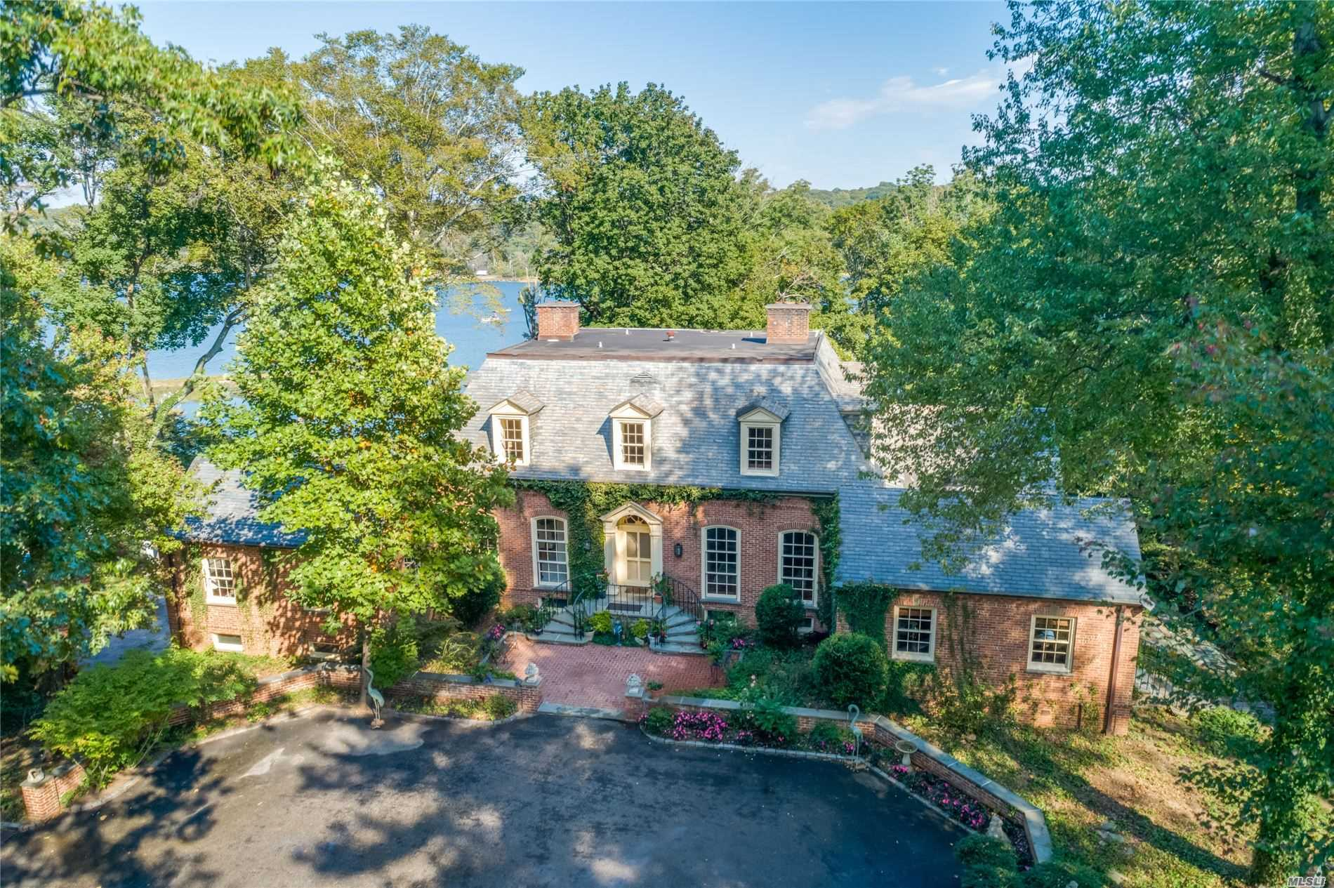 Residential For Sale in , Oyster Bay Cove, NY ,11771
