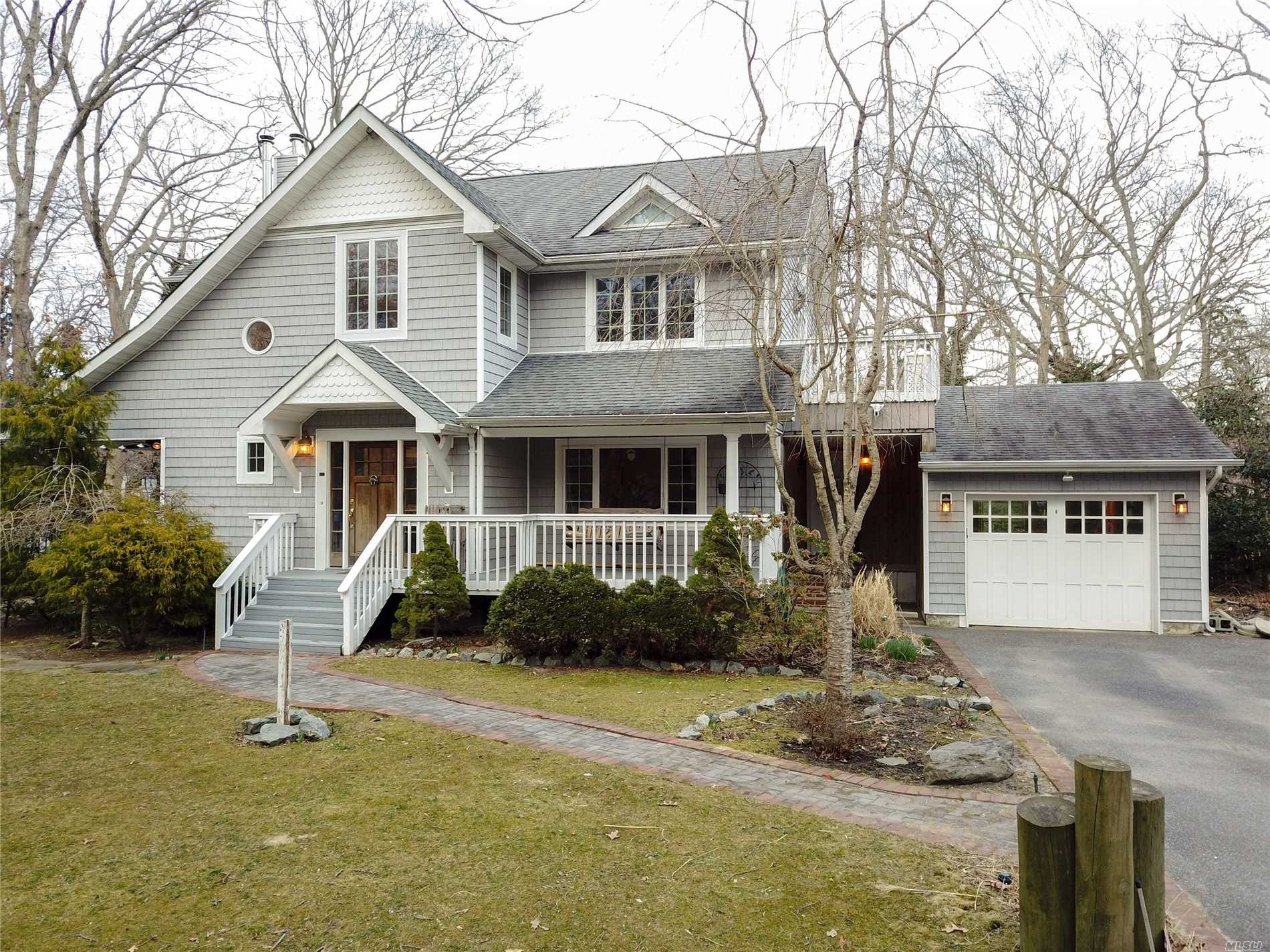 Residential For Sale in 5 Reid St, Mastic, NY ,11950