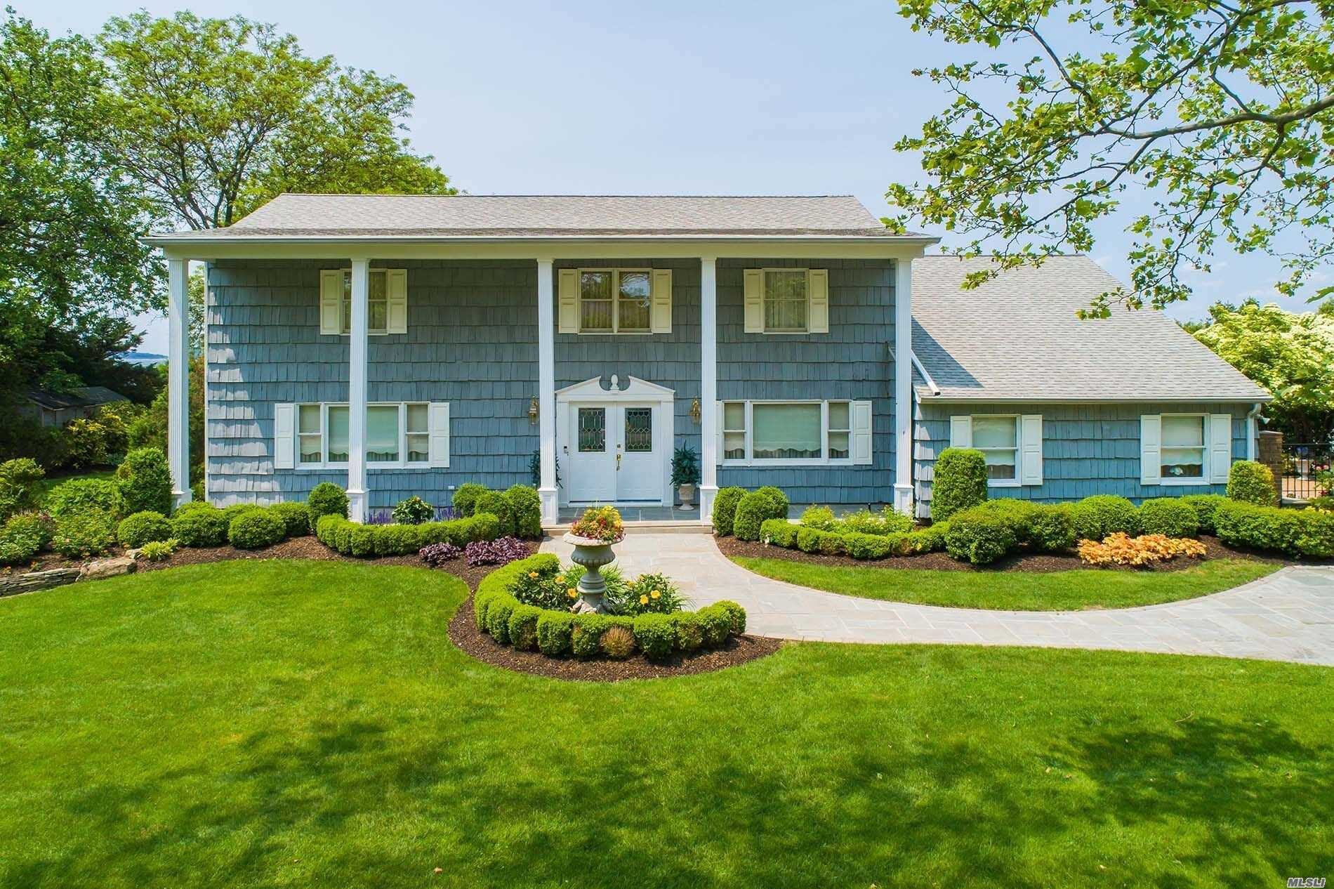 Residential For Sale in 20 Hawkins Dr, Northport, NY ,11768