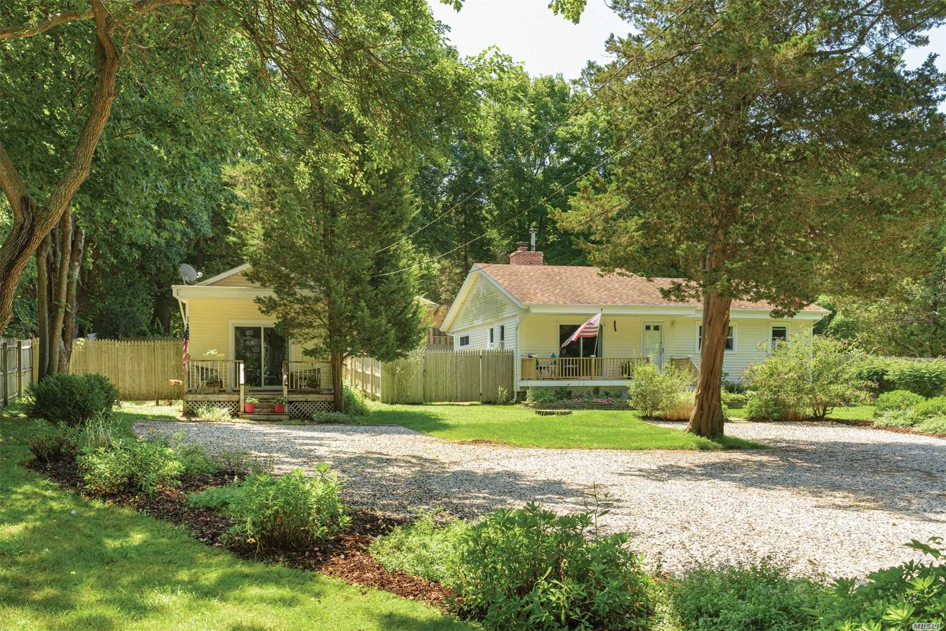 Residential For Sale in 2996 Noyac Rd, Sag Harbor, NY ,11963