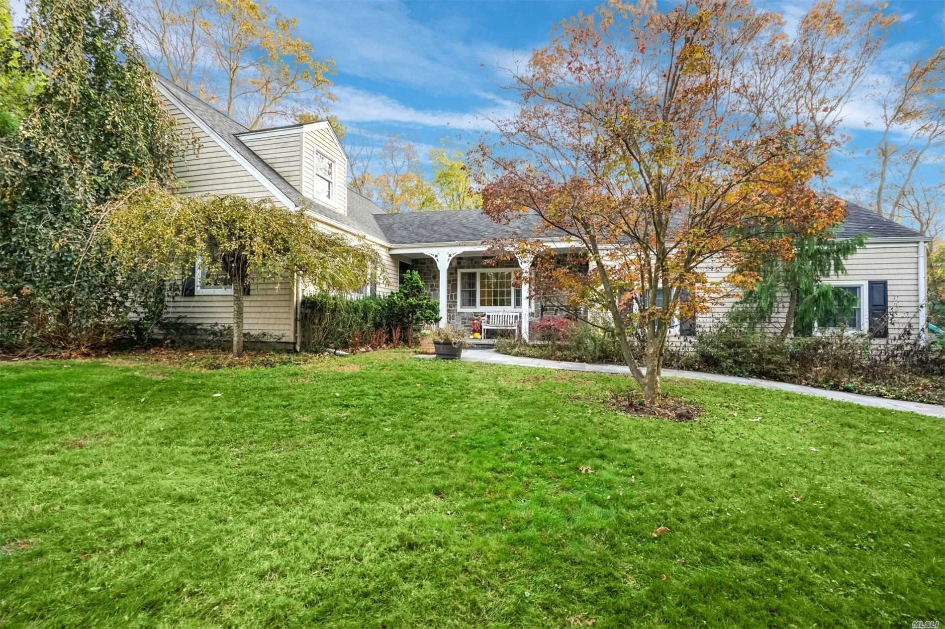 Residential For Sale in 22 North Road, Stony Brook, NY ,11790