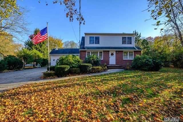 Residential For Sale in 456 Nostrand Ave, Central Islip, NY ,11722