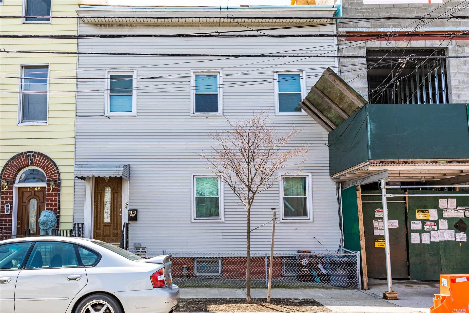 Residential For Sale in 1044 47 Rd E, Long Island City, NY ,11101