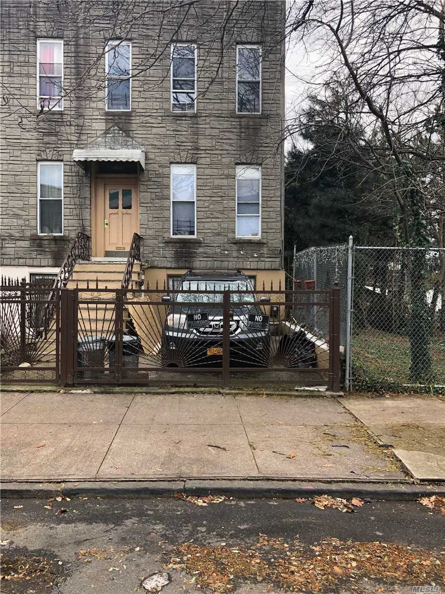 Residential For Sale in 1266 Madison St, Brooklyn, NY ,11221