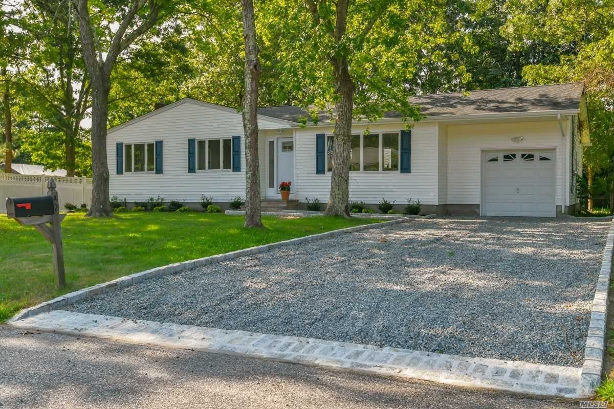 Residential For Sale in 42 Riverdale Dr, Hampton Bays, NY ,11946