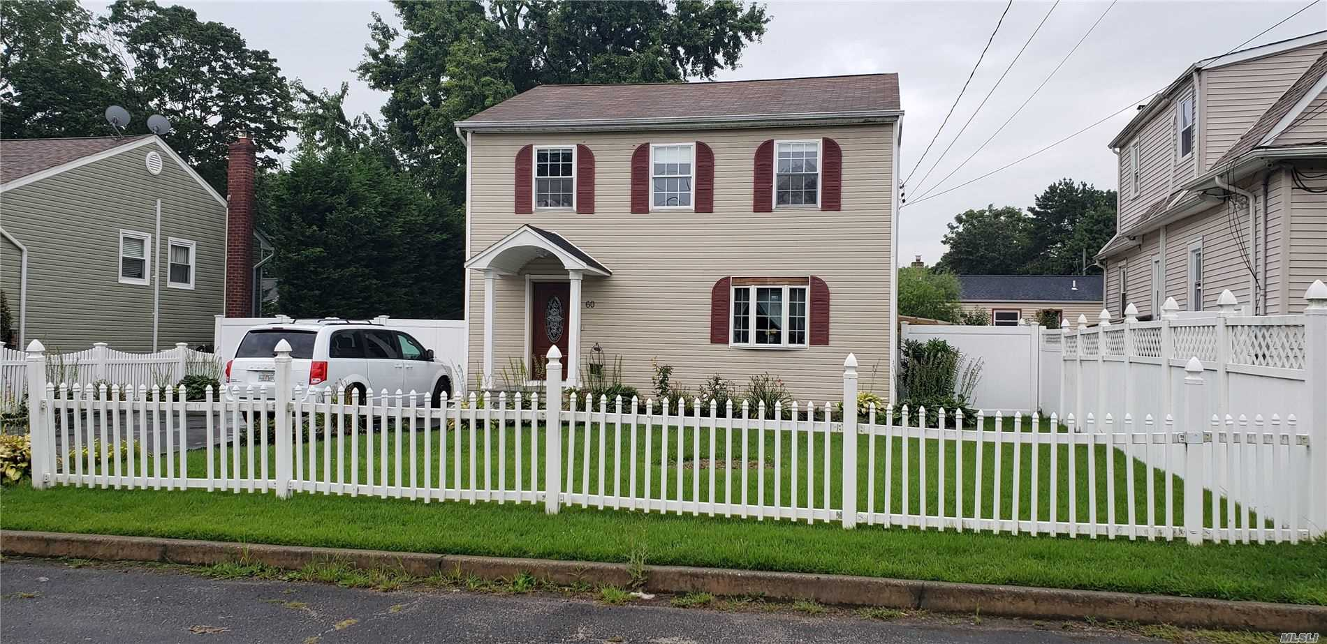 Residential For Sale in 60 27th S St, Wyandanch, NY ,11798
