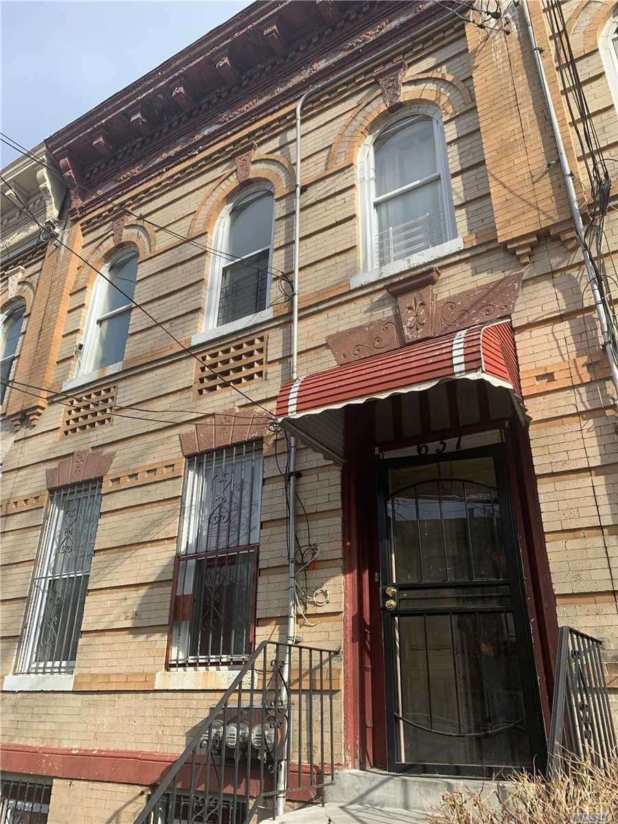 Residential For Sale in 637 Warwick St, Brooklyn, NY ,11207