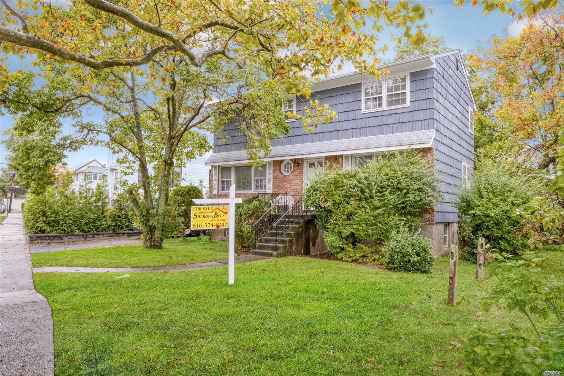 Residential For Sale in 710 Frisco Ave, Far Rockaway, NY ,11691