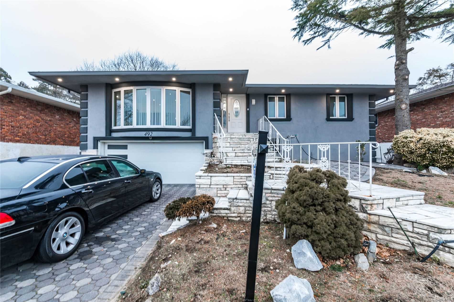 Residential For Sale in 492 Golf Court, N. Woodmere, NY ,11581