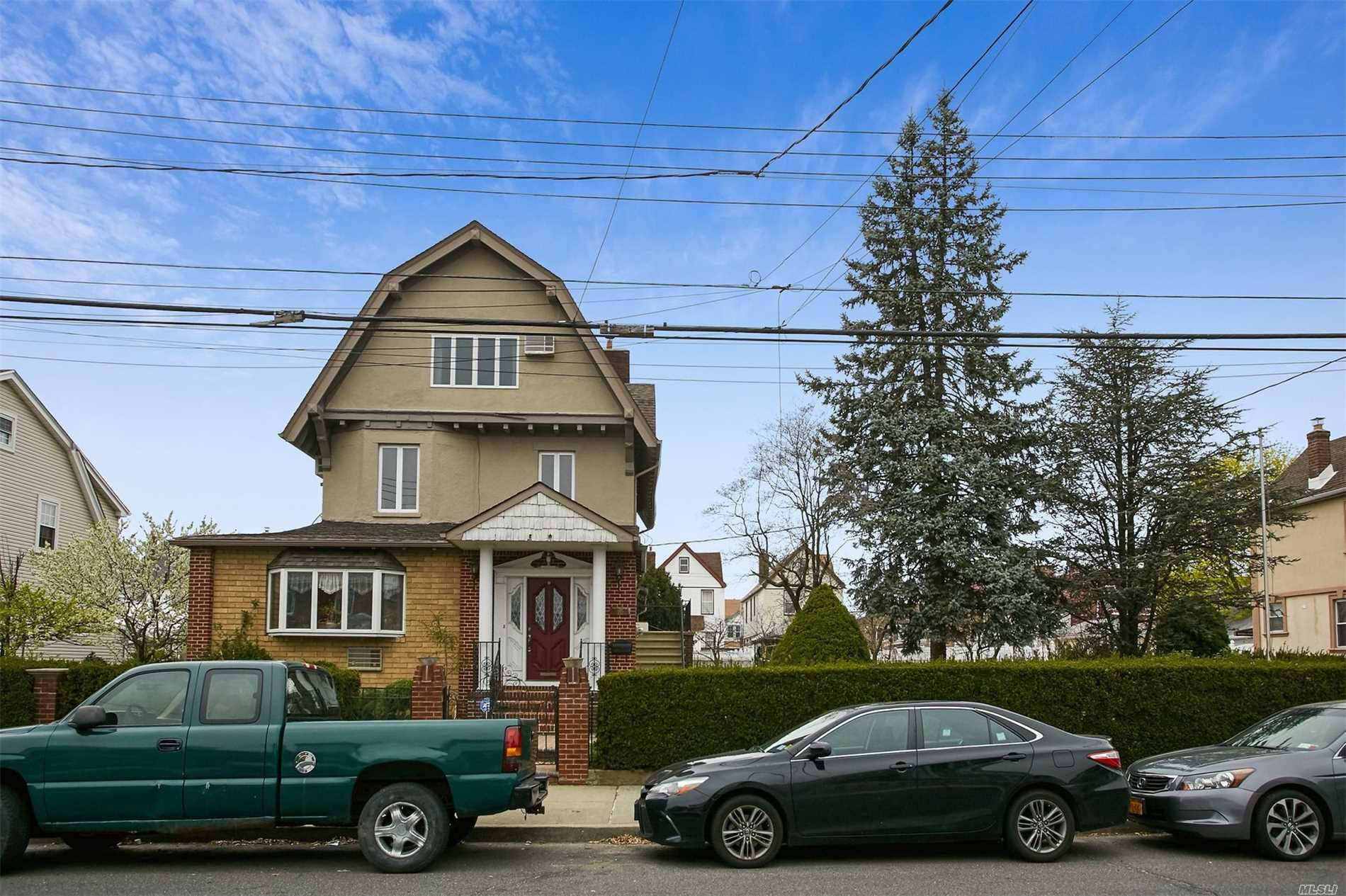 Residential For Sale in 115-34 117th St, S. Ozone Park, NY ,11420