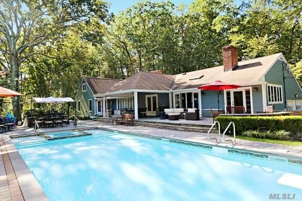 Residential For Sale in 23 Yellow Cote Rd, Oyster Bay Cove, NY ,11771