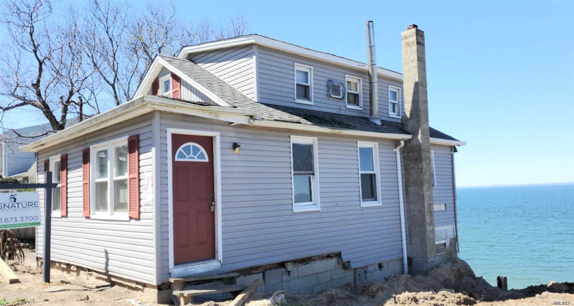 Residential For Sale in 115 Shore Dr, Sound Beach, NY ,11789