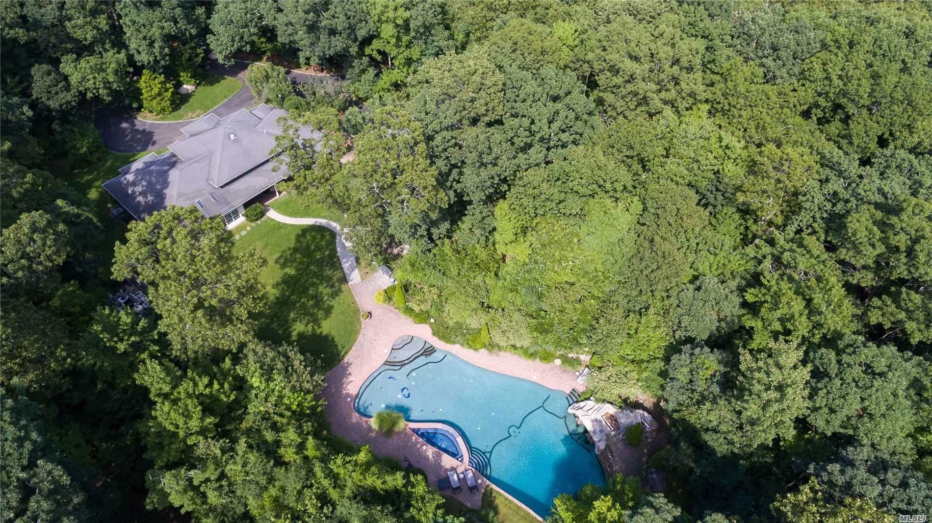 Residential For Sale in 2839 Wading River Road N, Wading River, NY ,11792