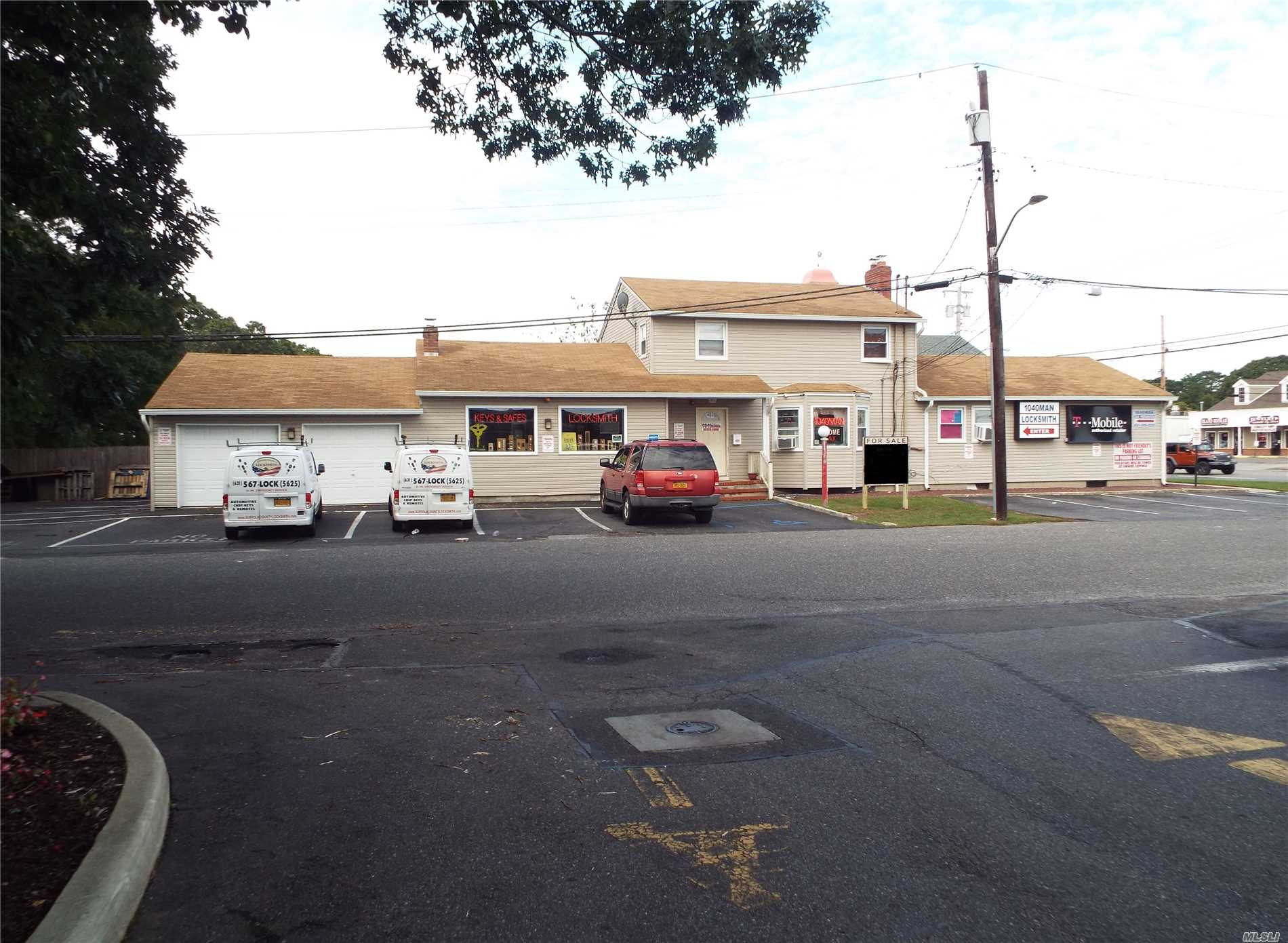 Commercial for sale in 6 Versa Pl, Shirley, NY ,11967