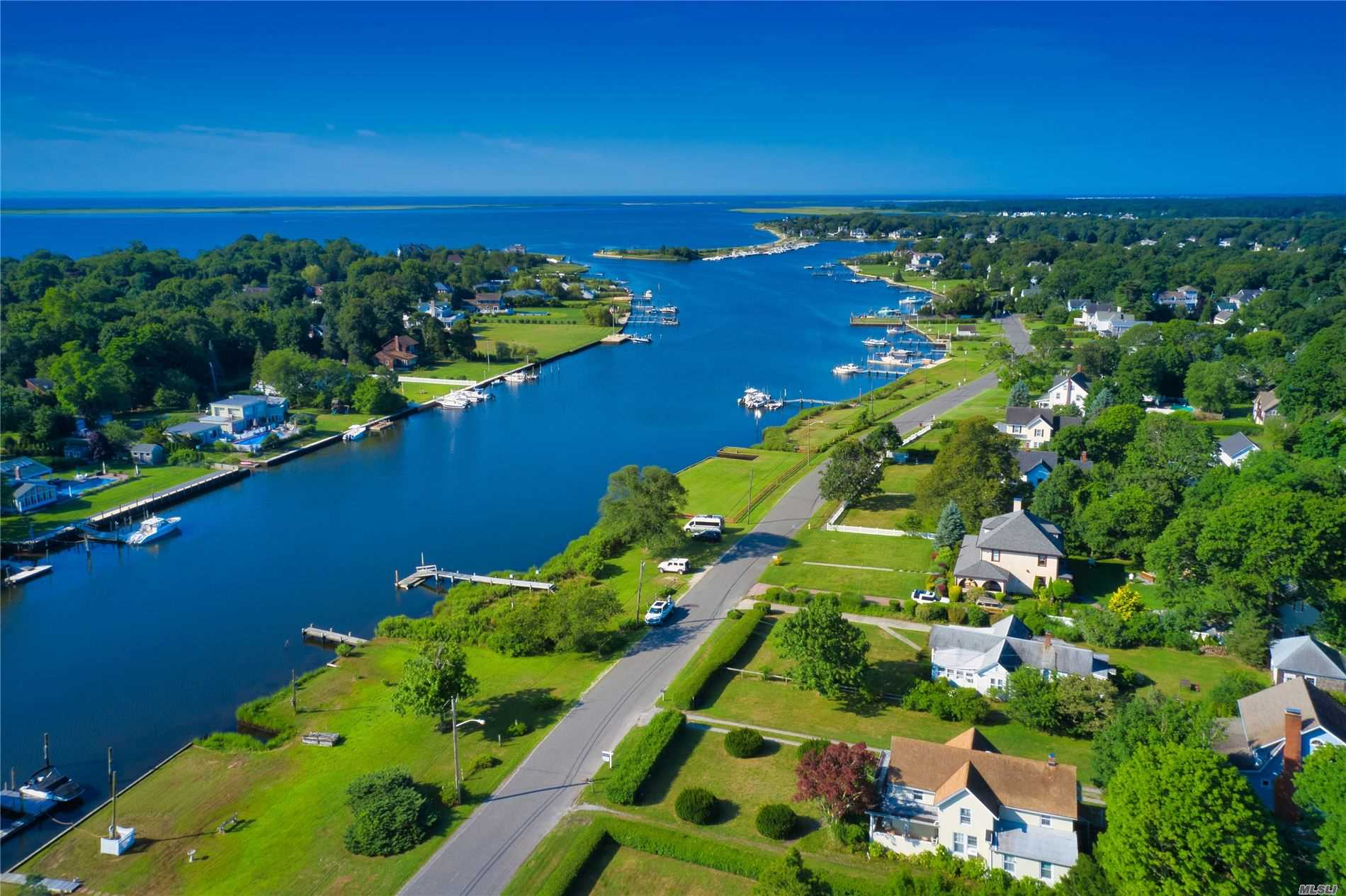 Residential For Sale in 88 Lake Ave, Center Moriches, NY ,11934