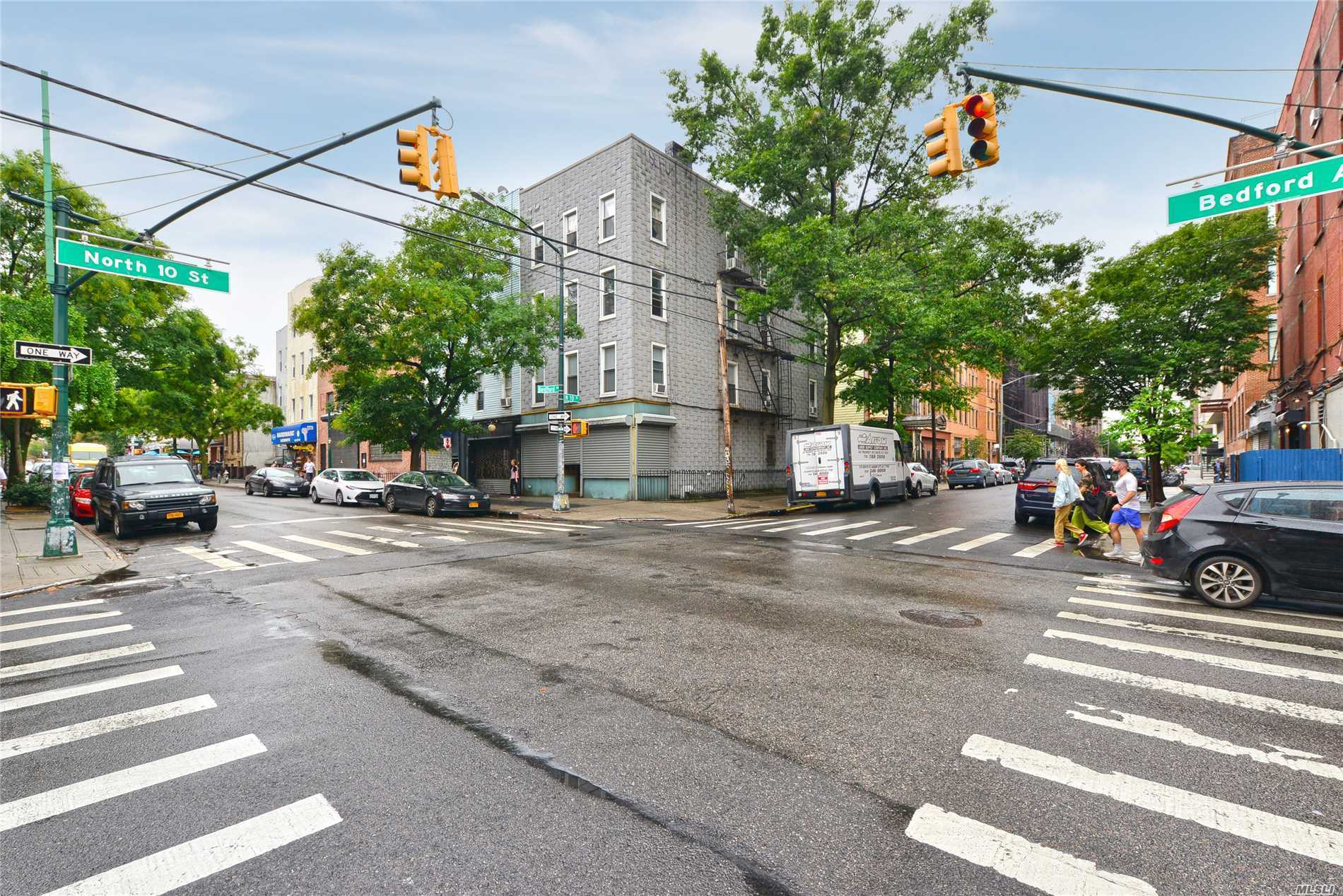 Residential For Sale in 126 Bedford Ave, Brooklyn, NY ,11249