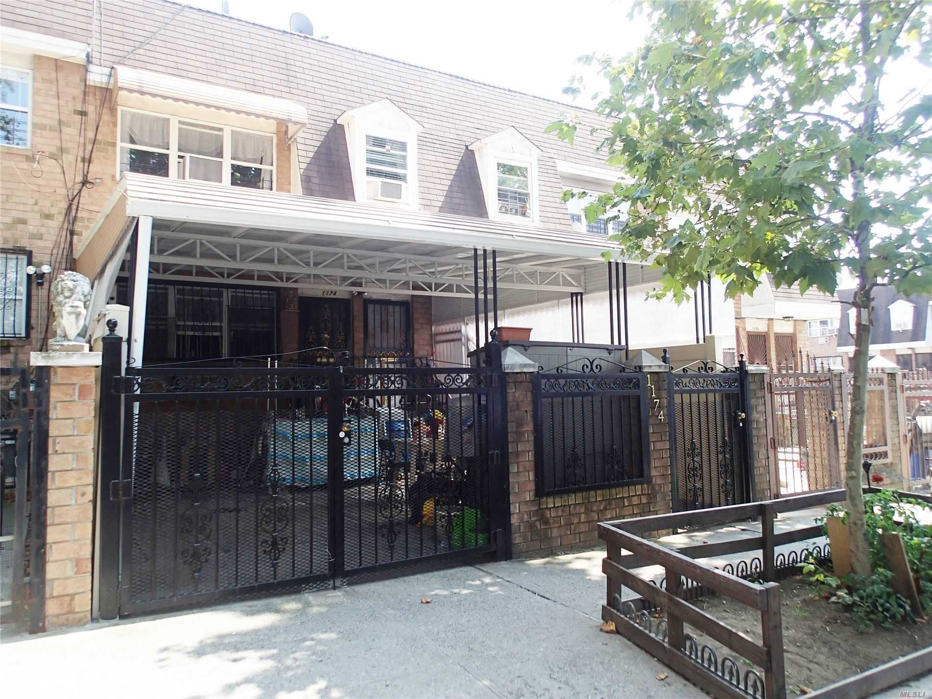 Residential For Sale in 1174 Hancock St, Brooklyn, NY ,11221