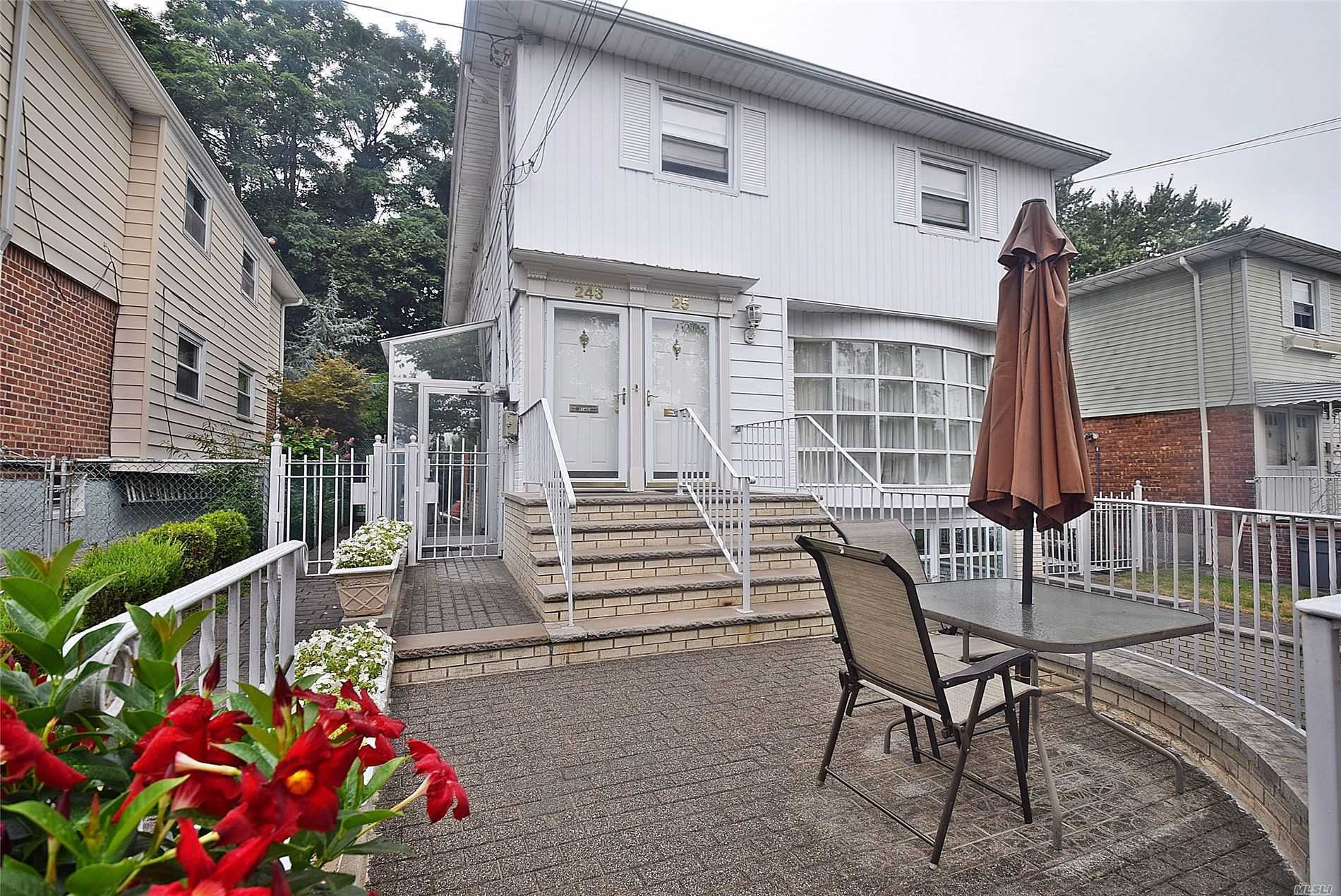 Residential For Sale in 243-25 72 Ave, Douglaston, NY ,11362