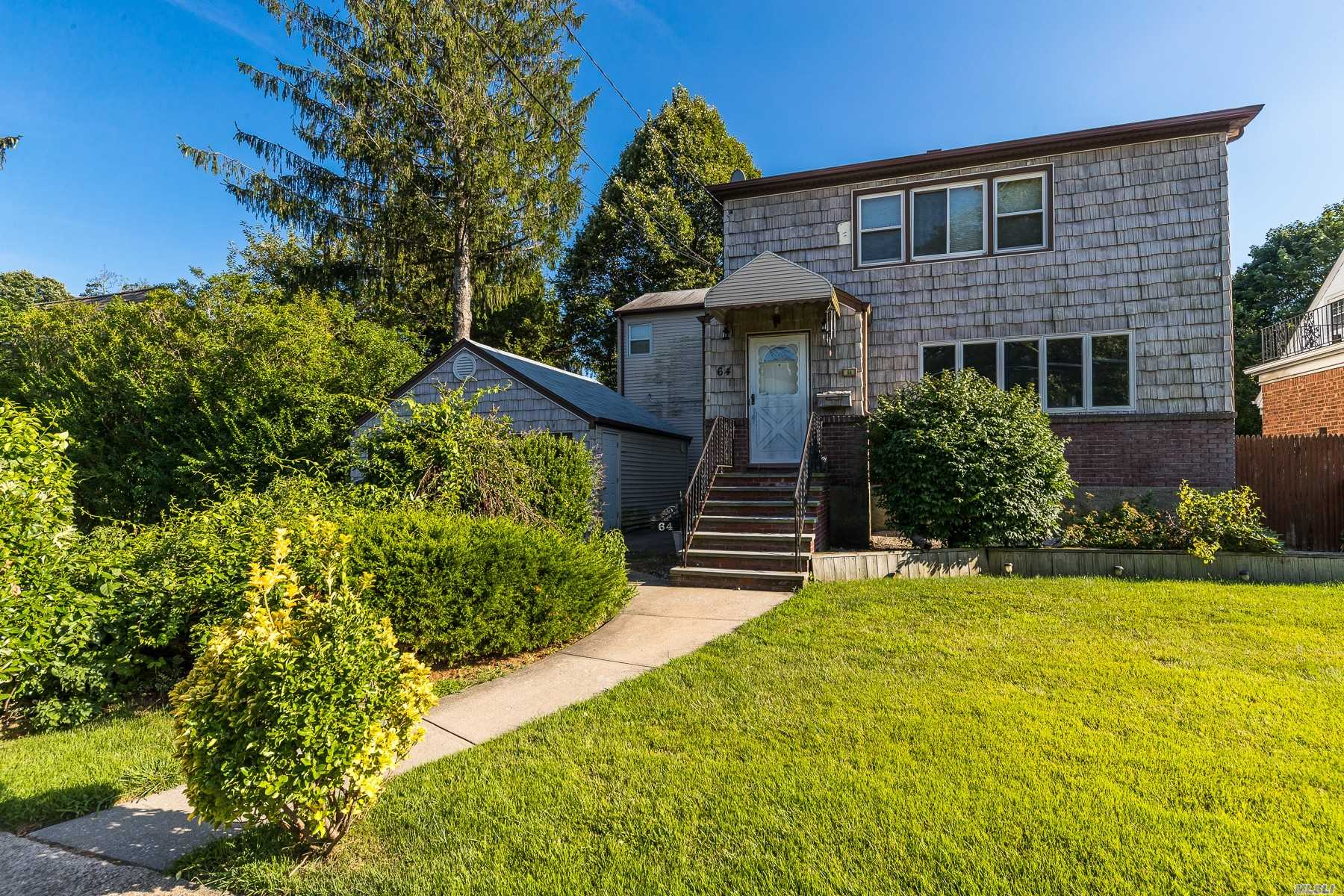 Residential For Sale in 64 Sherman St, Lynbrook, NY ,11563