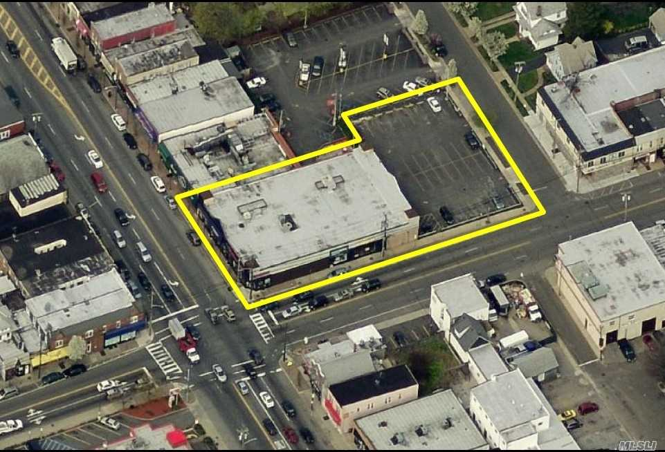 Commercial for sale in 140-144 Jericho Tpke, Mineola, NY ,11501