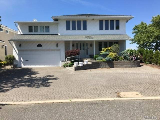 Residential For Sale in 193 Bayside Dr, Atlantic Beach, NY ,11509
