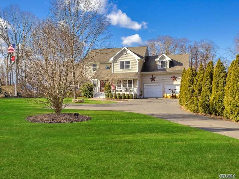 Residential For Sale in 49 Southfields Rd, Aquebogue, NY ,11931