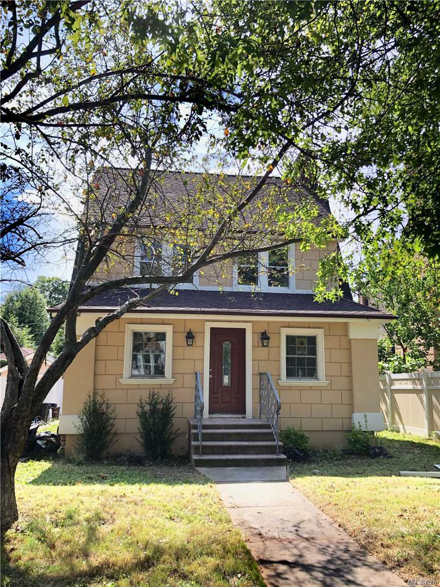 Residential For Sale in 84-40 117th St, Kew Gardens, NY ,11415