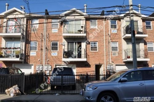 Residential For Sale in 2814 Seagirt Ave, Arverne, NY ,11692