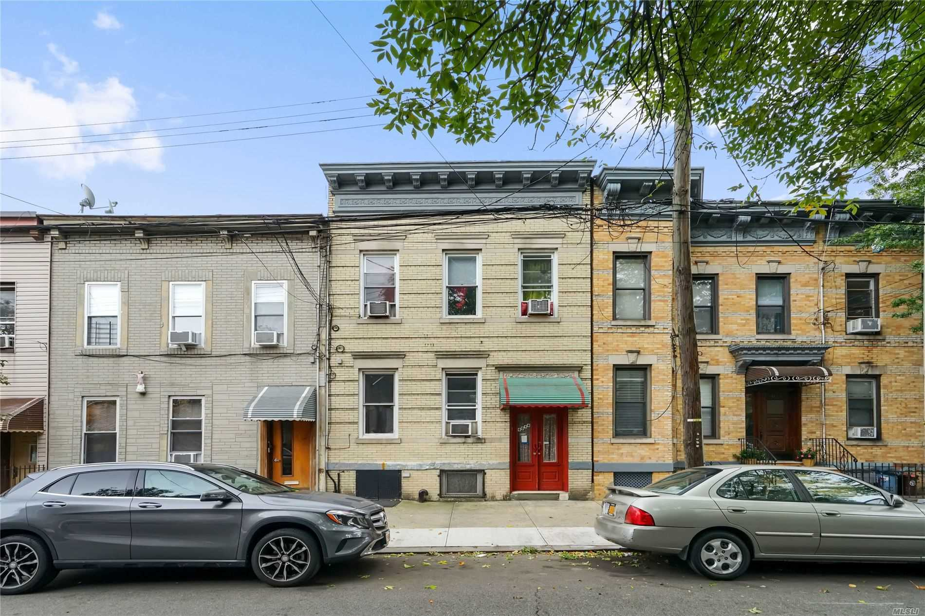 Residential For Sale in 60-14 Putnam Ave, Ridgewood, NY ,11385