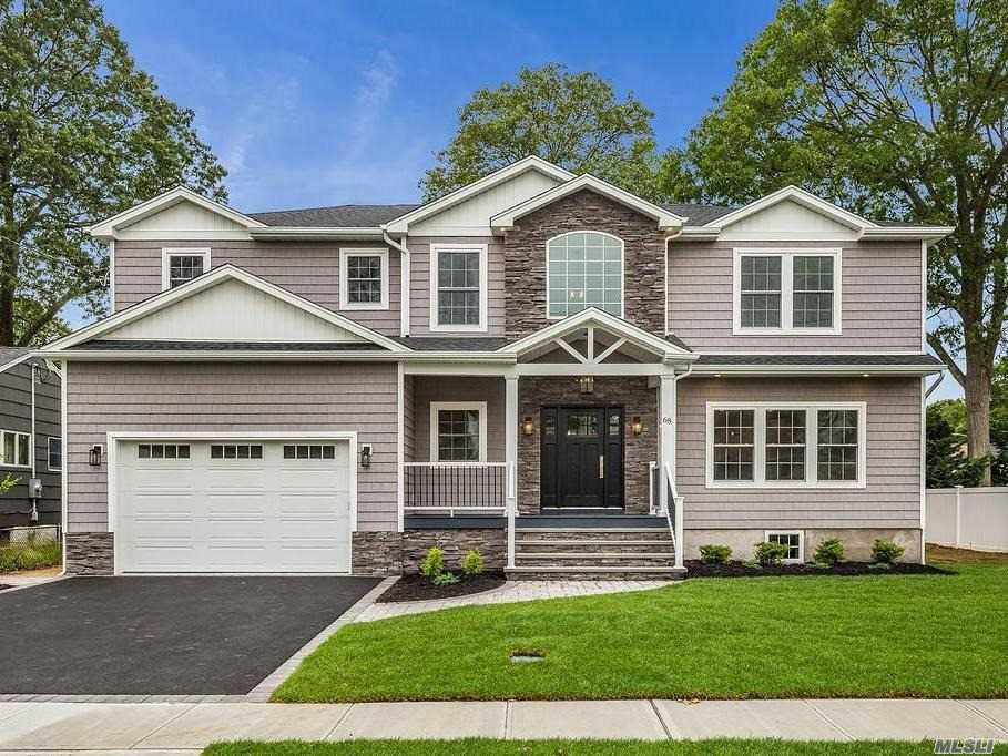 Residential For Sale in 68 2nd Ave, Massapequa Park, NY ,11762