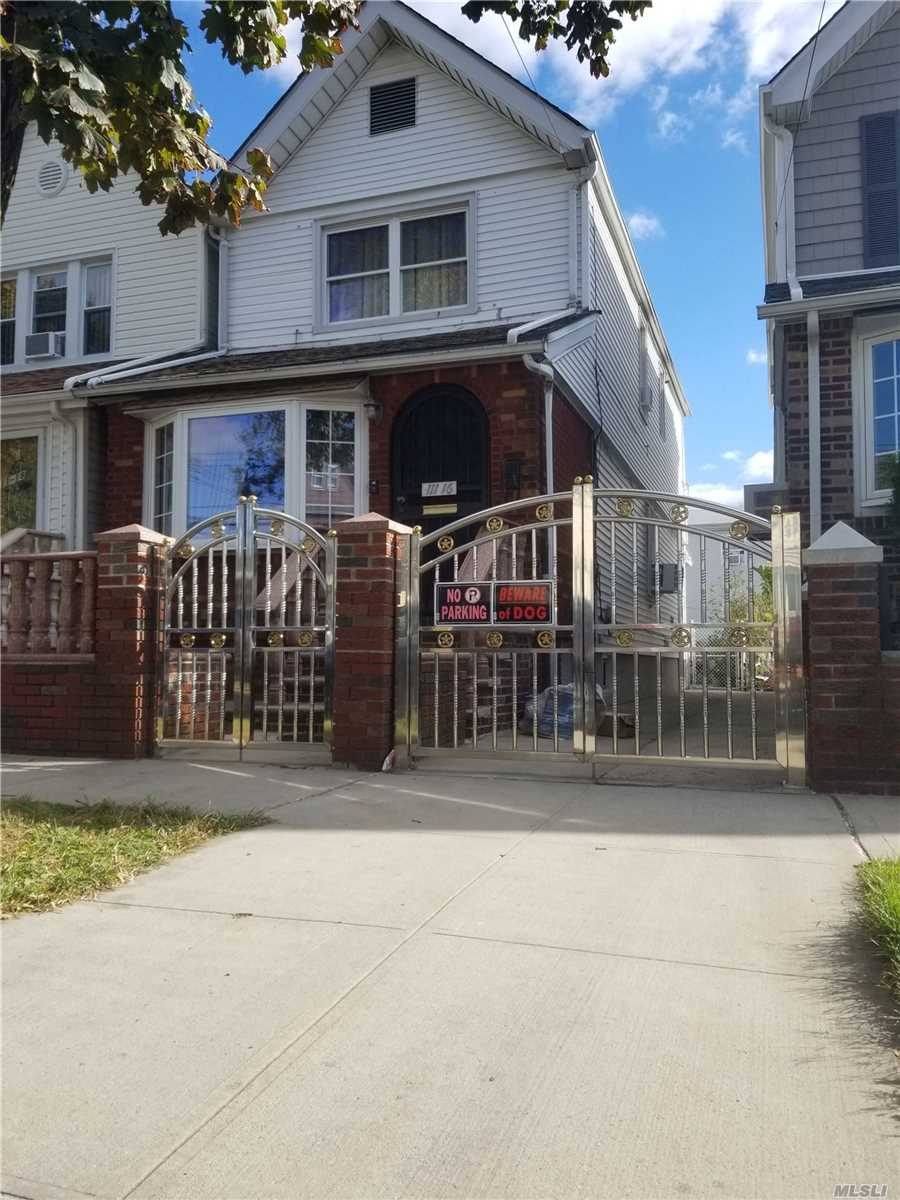 Residential For Sale in 111-16 103rd Ave, Richmond Hill S., NY ,11419