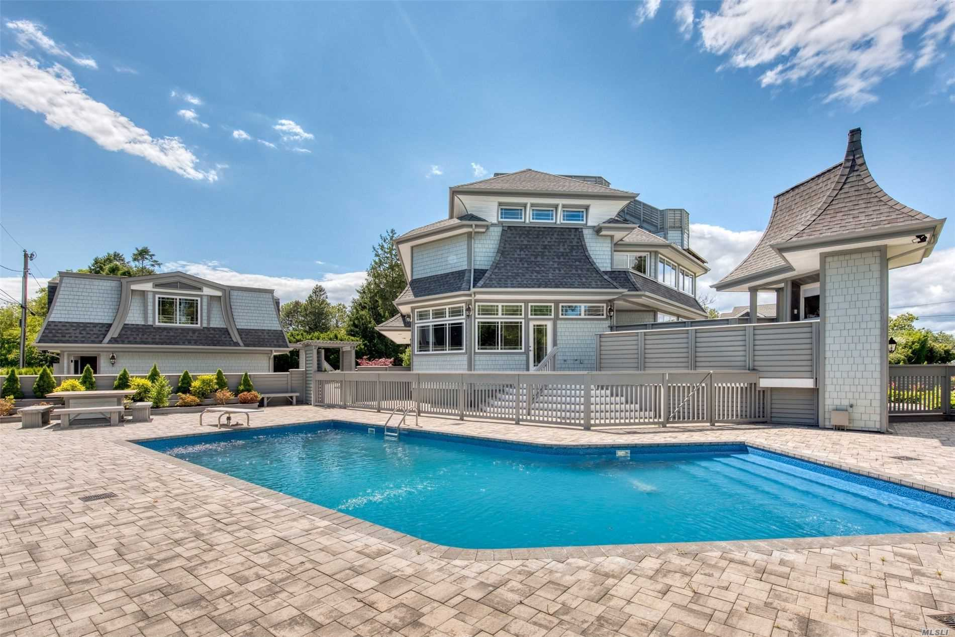 Residential For Sale in 110 Soundview Rd, Orient, NY ,11957