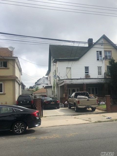 Residential For Sale in 94-31 120 St, Richmond Hill, NY ,11419