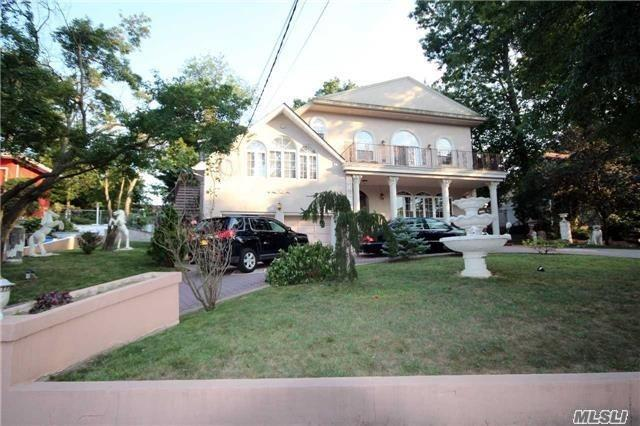 Residential For Sale in 193-20 Keno Ave, Holliswood, NY ,11423