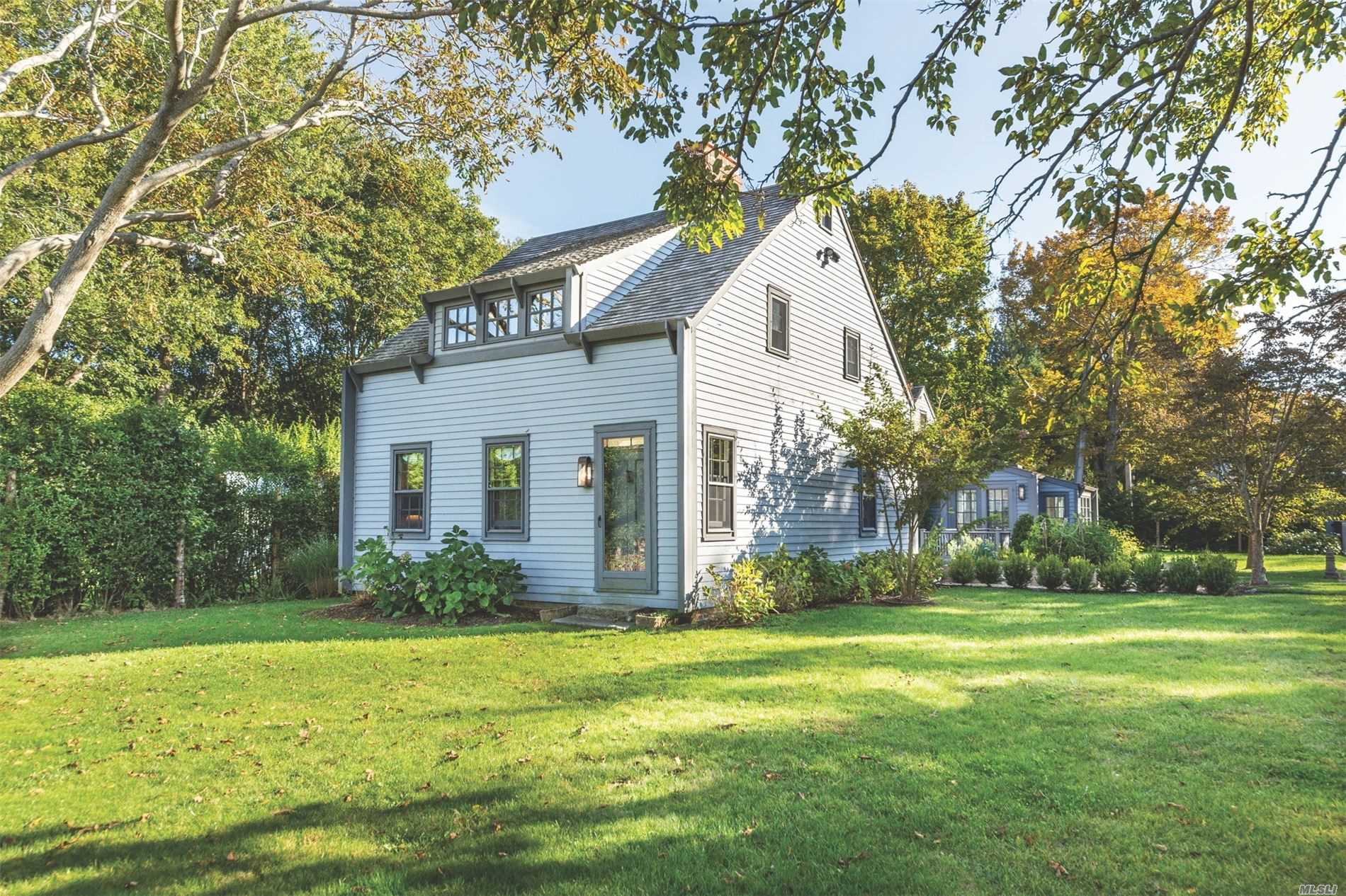 Residential For Sale in 51 Hempstead St, Sag Harbor, NY ,11963