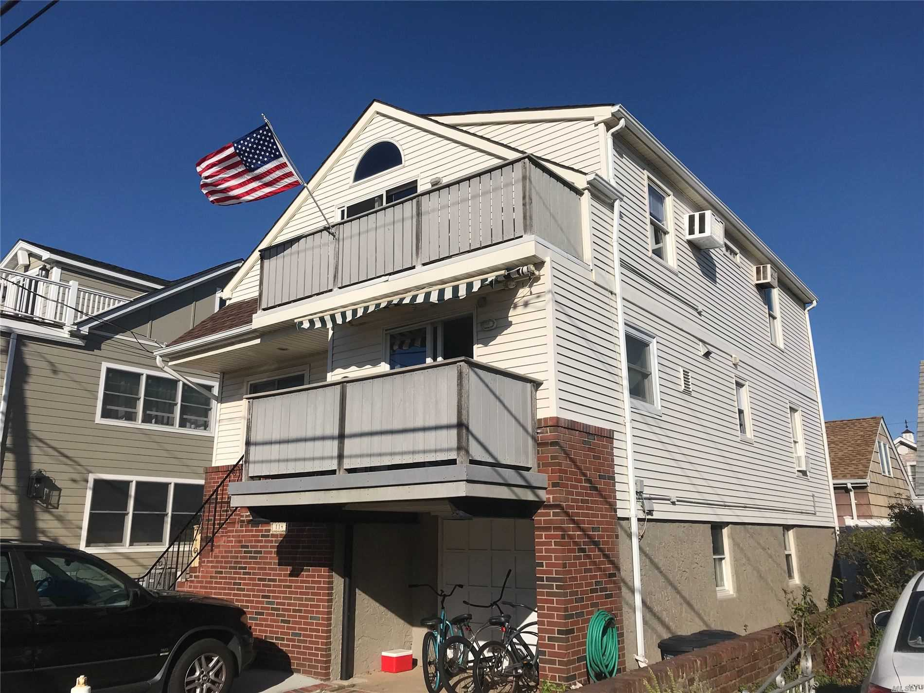 Residential For Sale in 114 Parkside, Point Lookout, NY ,11569
