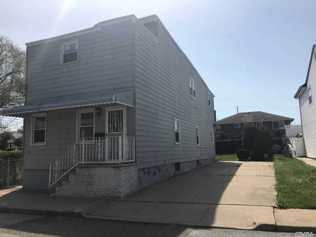 Residential For Rent in 33 Kingston Ave, Floral Park, NY ,11001