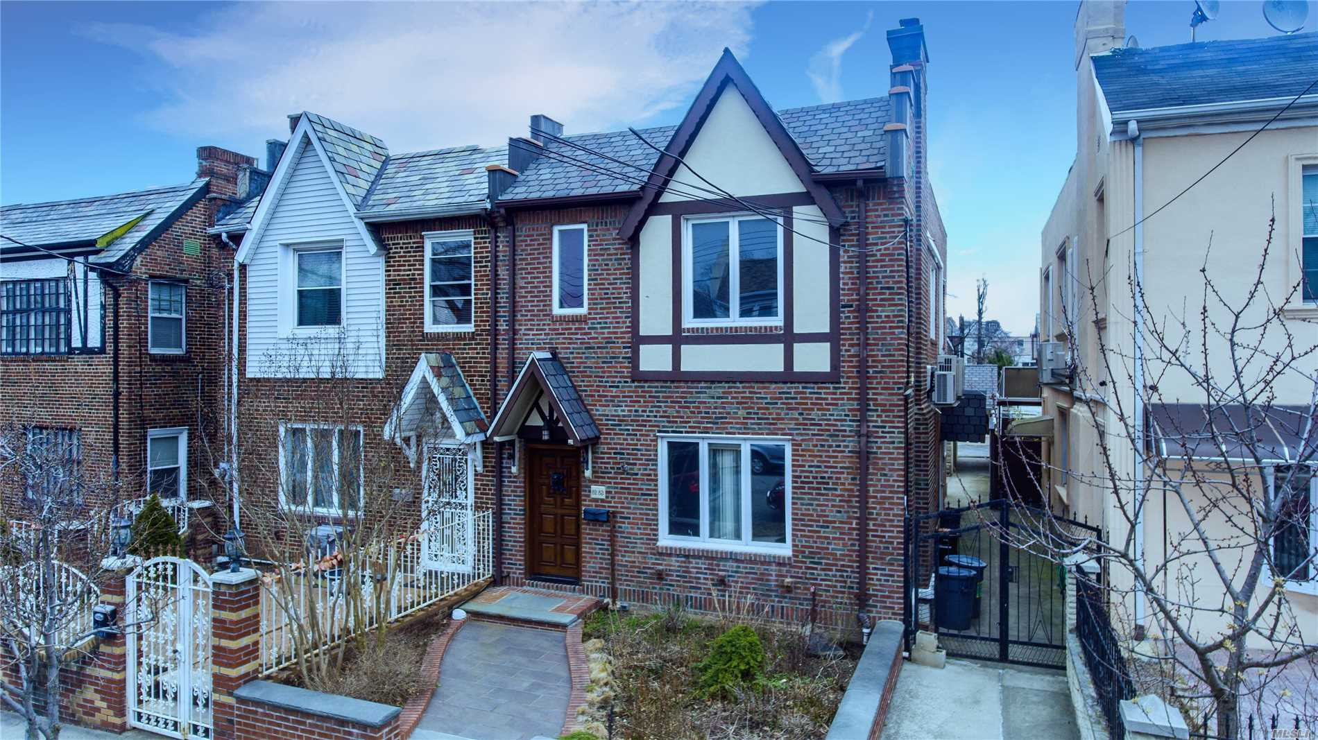 Residential For Sale in 82-83 166th St, Hillcrest, NY ,11432
