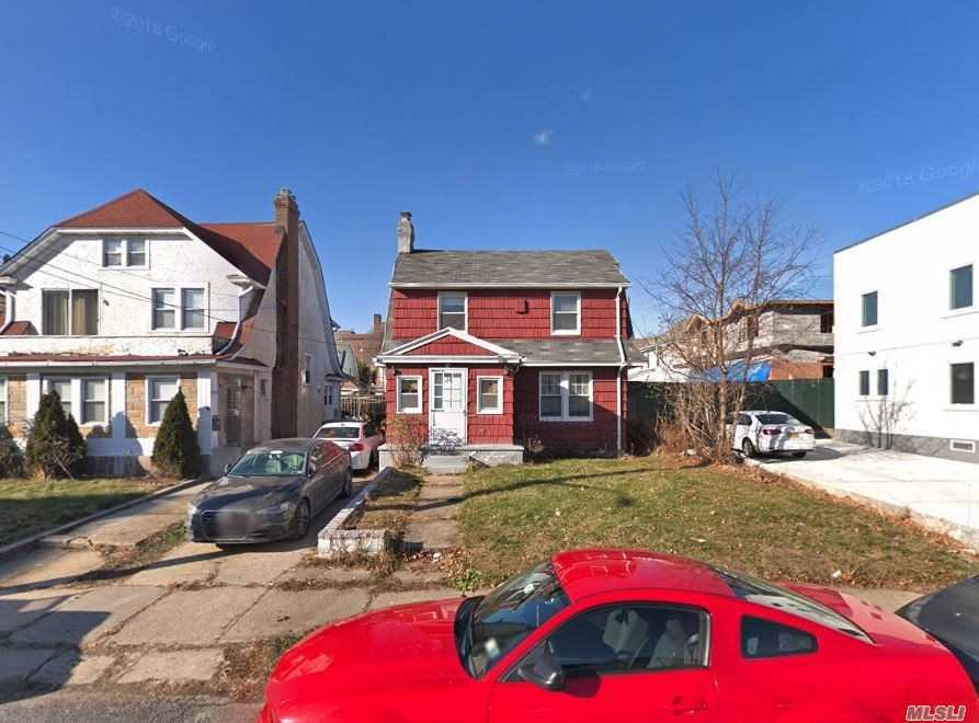 Residential For Sale in 146-41 Hawthorne Ave, Flushing, NY ,11355