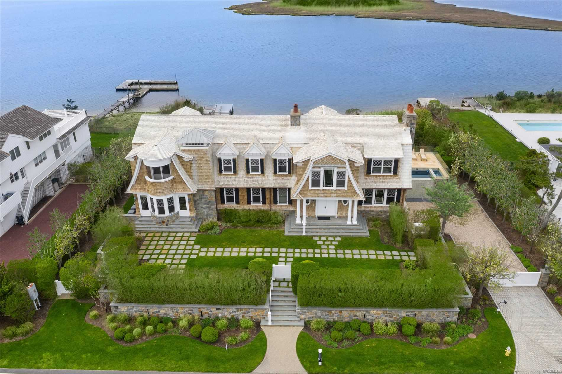 Residential For Sale in 170 Dune Rd, Westhampton Bch, NY ,11978