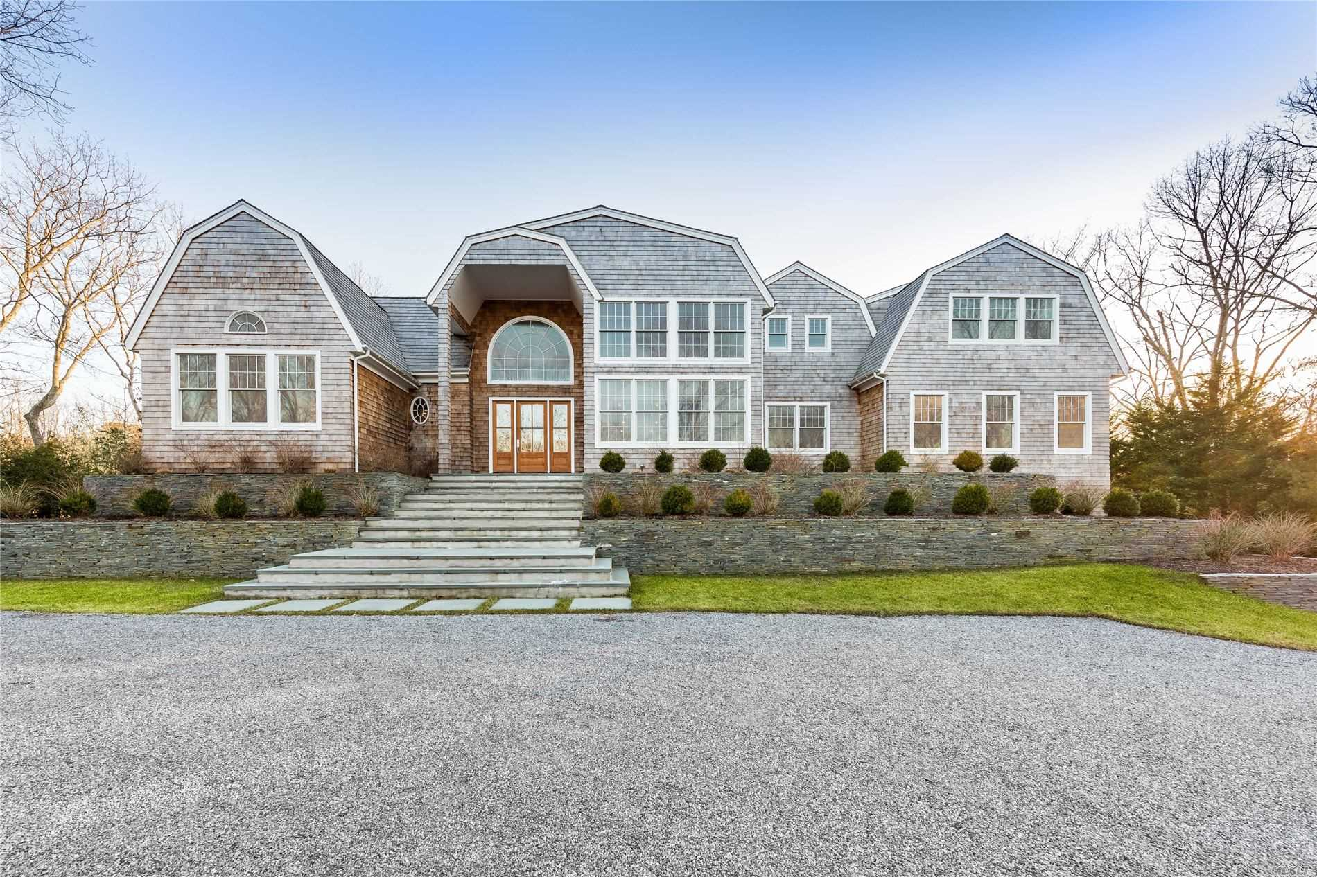 Residential For Sale in 204 Roses Grove Road, Water Mill, NY ,11976