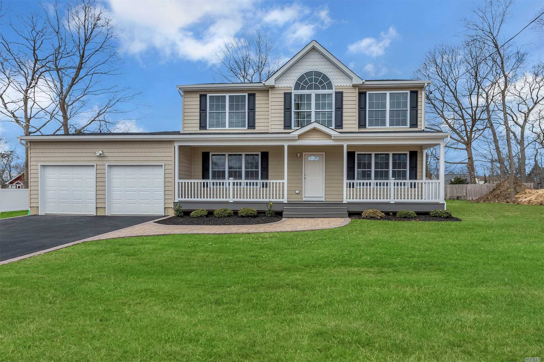 Residential For Sale in Lot #3 Colleen Ct, Centereach, NY ,11720