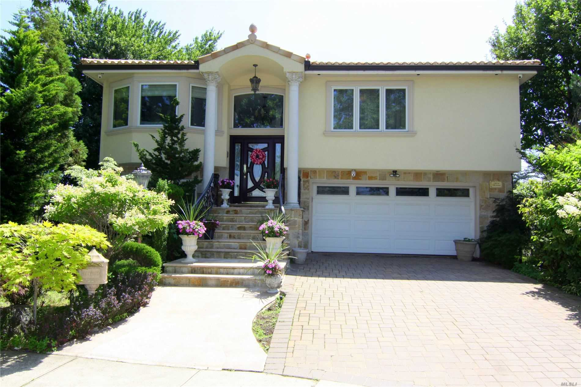 Residential For Sale in 138-34 10th Ave, Malba, NY ,11357