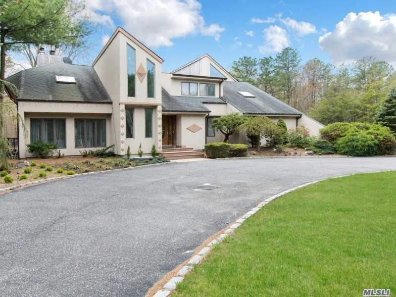 Residential For Sale in , Manorville, NY ,11949