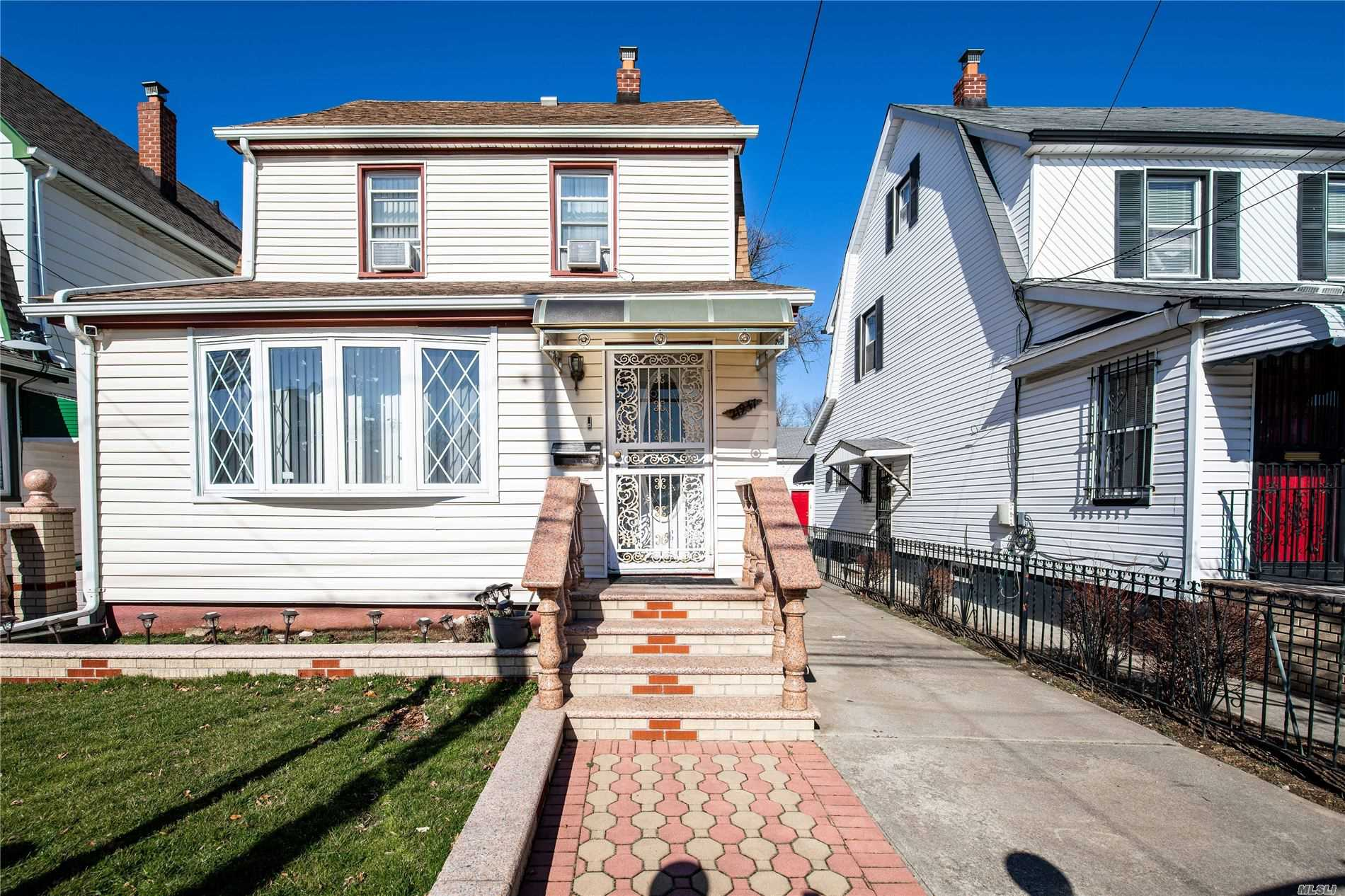 Residential For Sale in 219-47 114th Avenue, Cambria Heights, NY ,11411