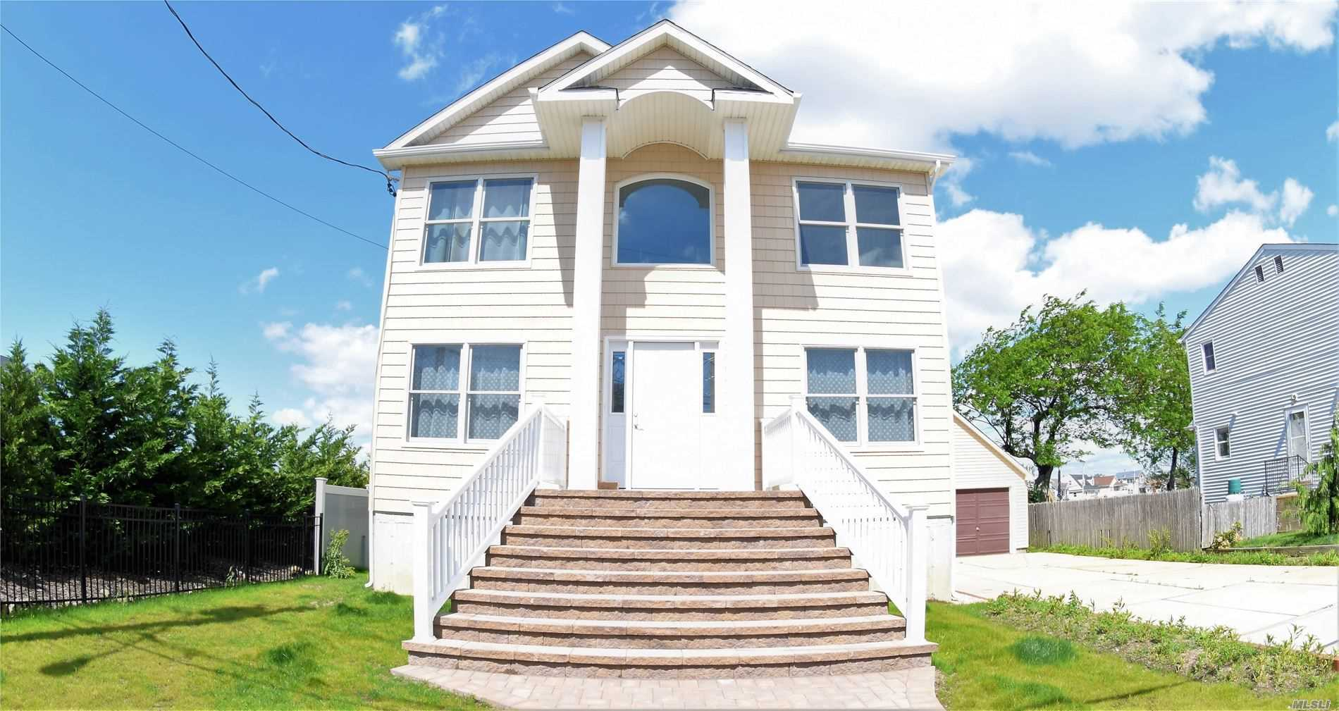 Residential For Sale in 995 Pacific St, Lindenhurst, NY ,11757